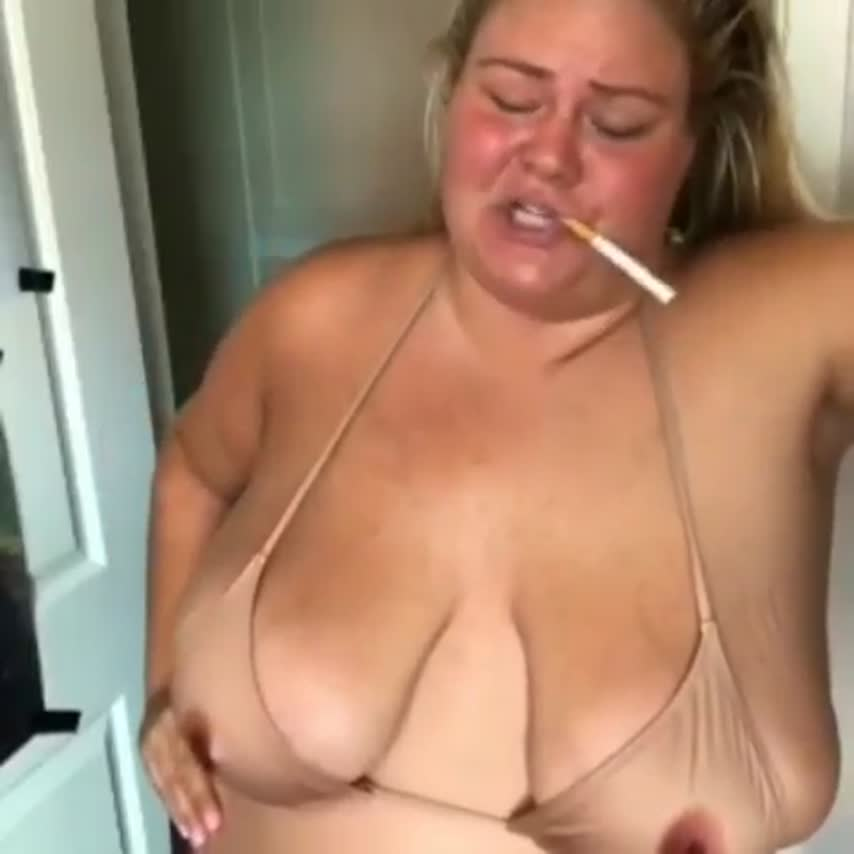 Trailer Trash Tammy Bares All