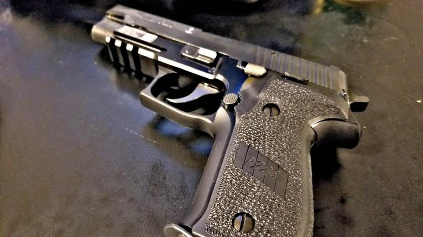 Cleaning a Sig P226